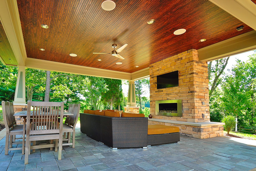 Outdoor living spaces gallery allison landscaping for Outdoor living space plans